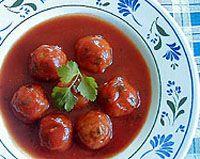 Albondigas con tomate y cebolla