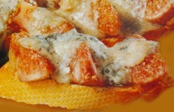 Higos gratinados con queso azul